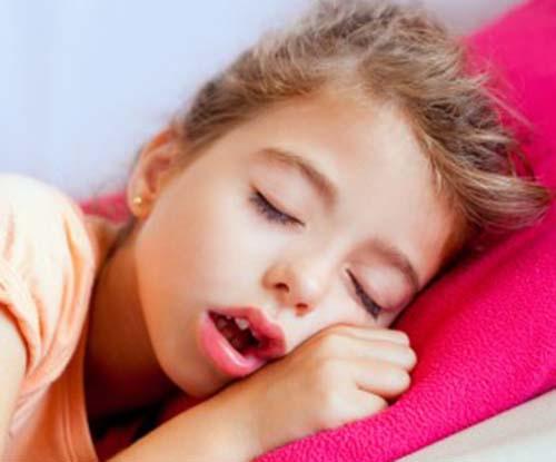Khô miệng khi ngủ