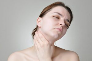 Triệu chứng miệng khô đắng