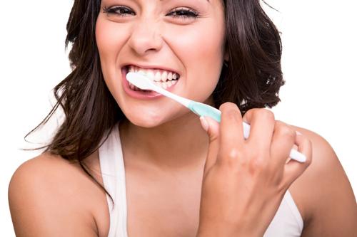 Độ bền của răng sứ titan 2