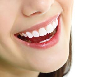 Làm gì để răng trắng hơn? << Giải pháp làm trắng răng hiệu quả nhất
