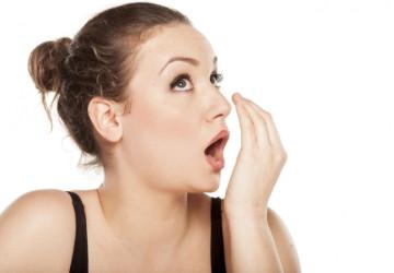 5 cách điều trị tình trạng hôi miệng